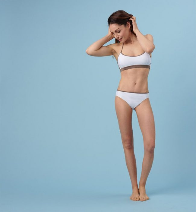 Slip classico eco bikini-bianco-figura intera