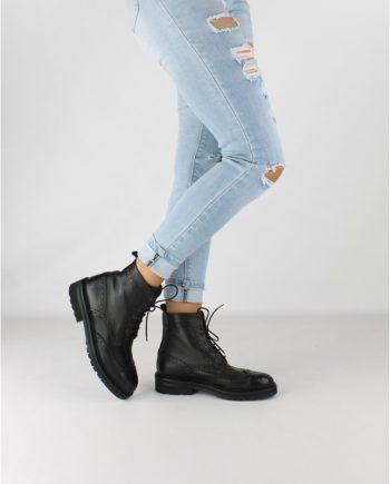 Scarpe-donna-anfibio-scarponcino-con-7-occhielli-impermeabile-con-lacci-Colore-Nero-figura-intera