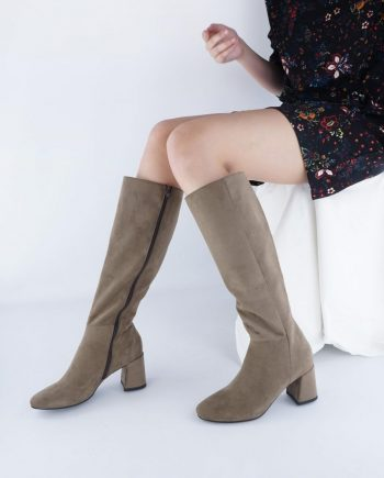 Scarpe-donna-stivale-tubolare-elasticizzato-sopra-al-ginocchio-in-tessuto-con-punta-tonda-e-zip-laterale-beige